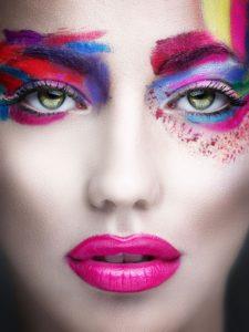 Servizio di Make-up professionale perche  Il trucco migliore per una donna è la passione. Ma i cosmetici sono più facili da comprare.